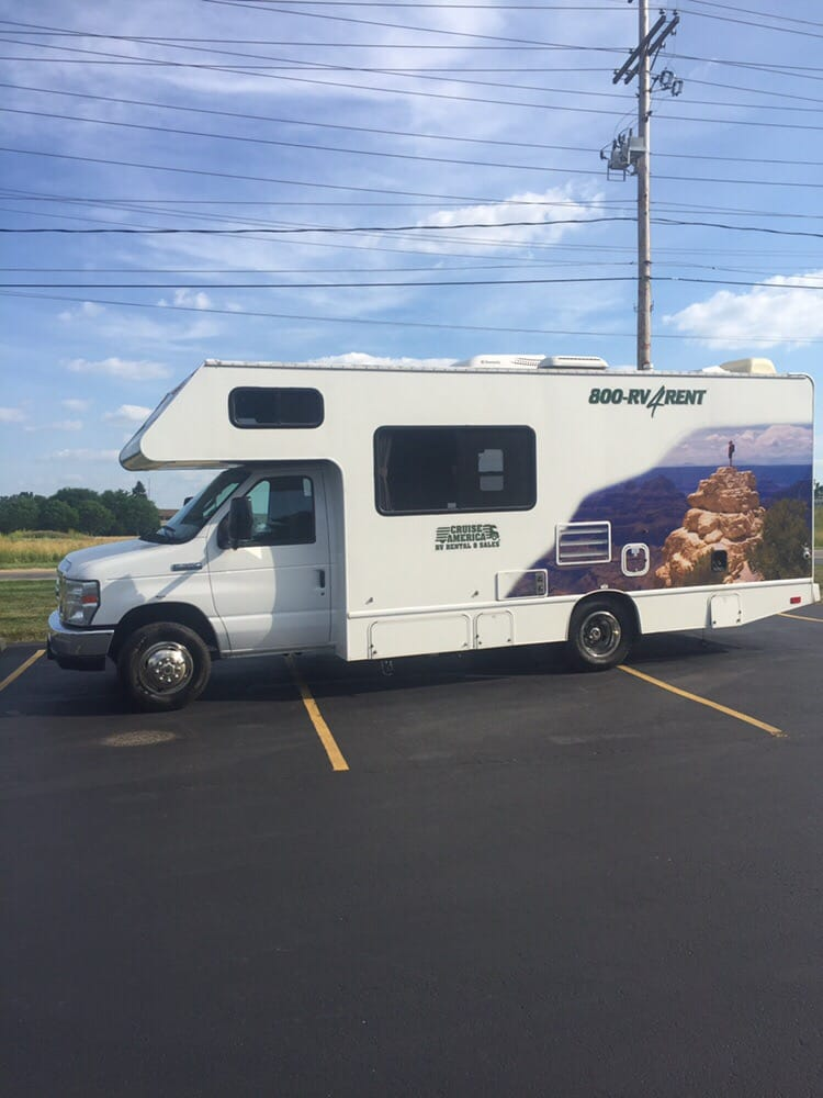 Lee's RV & Boat Storage: 3790 Scioto Darby Creek Rd, Hilliard, OH