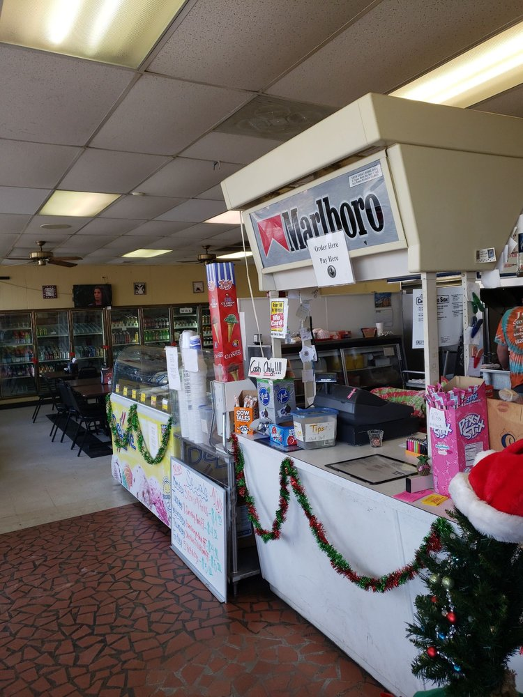 Jean's Store and Grill: 5070 Nc Hwy 90, Hiddenite, NC