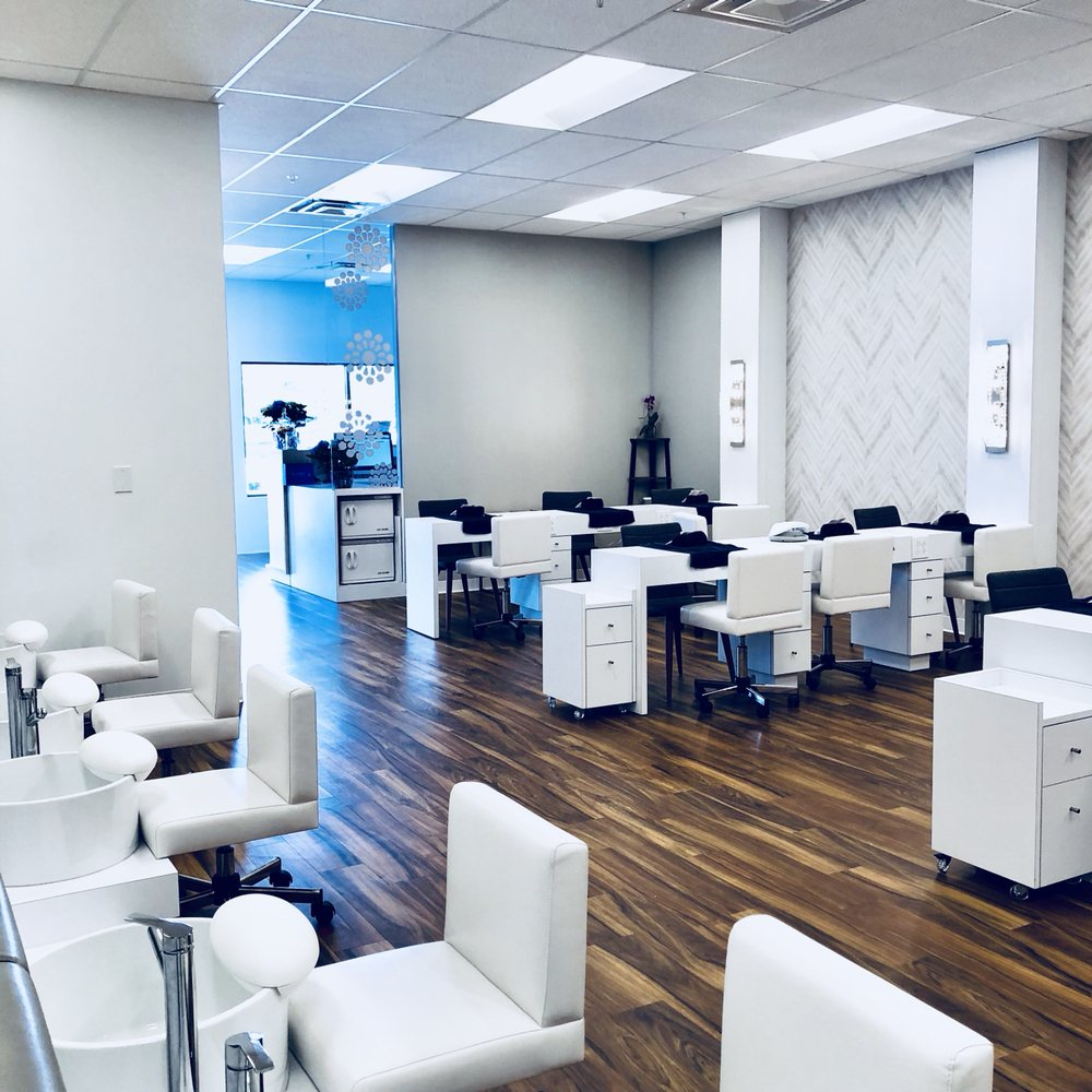 Frenchies Modern Nail Care: 10414 Shelbyville Rd, Louisville, KY