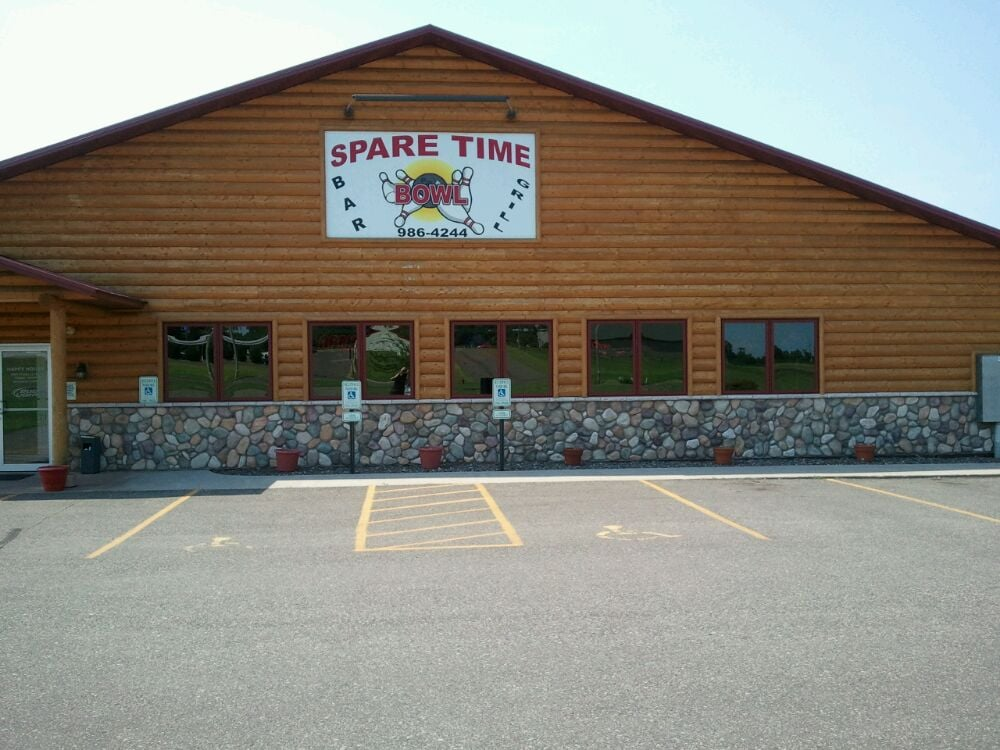 Spare Time Bowl Bar & Grill: 440 Industrial Ave, Turtle Lake, WI