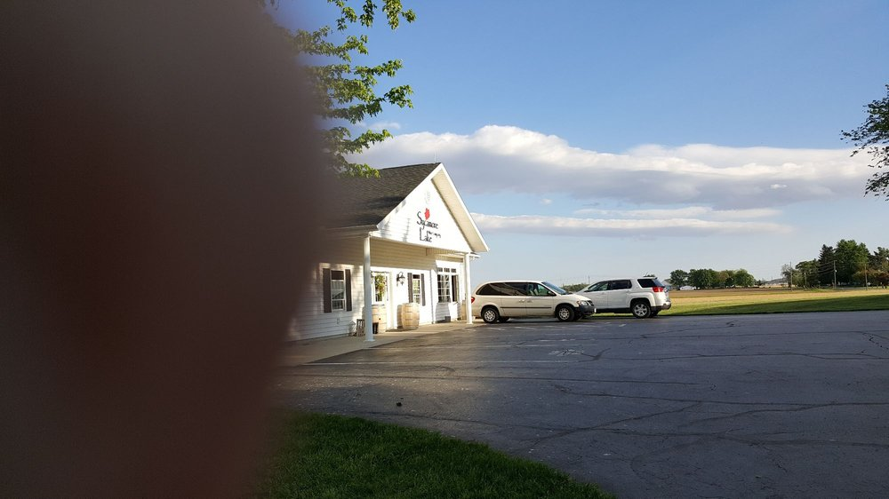 Sycamore Lake Wine Company: 9660 Mayberry Rd, Columbus Grove, OH