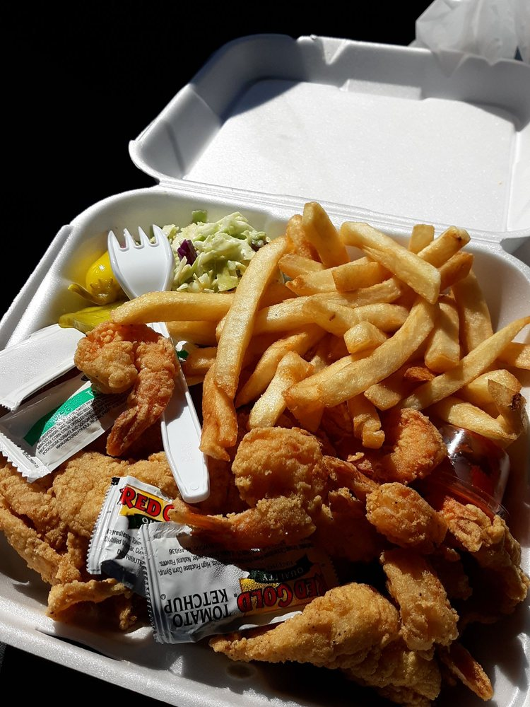 Louisiana Seafood: 12625 Frederick St, Moreno Valley, CA