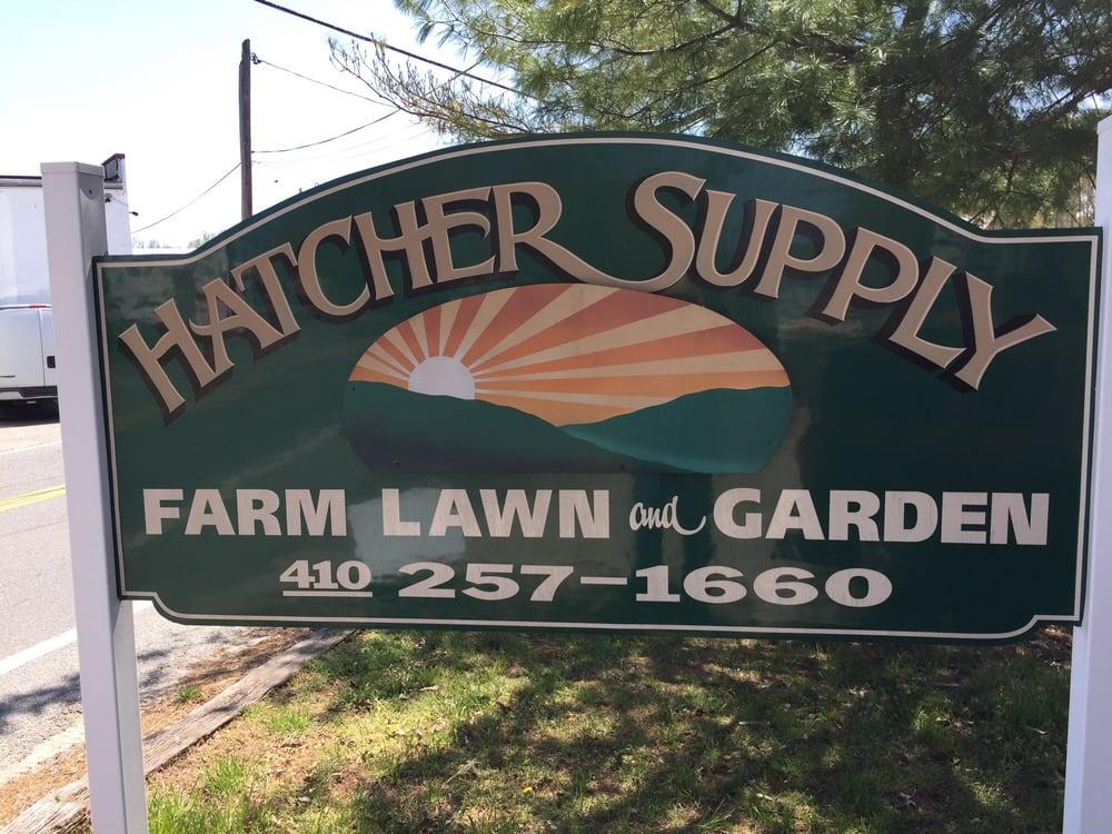 Hatchers Feed & Farm Supply: 140 Thanksgiving Ln, Huntingtown, MD