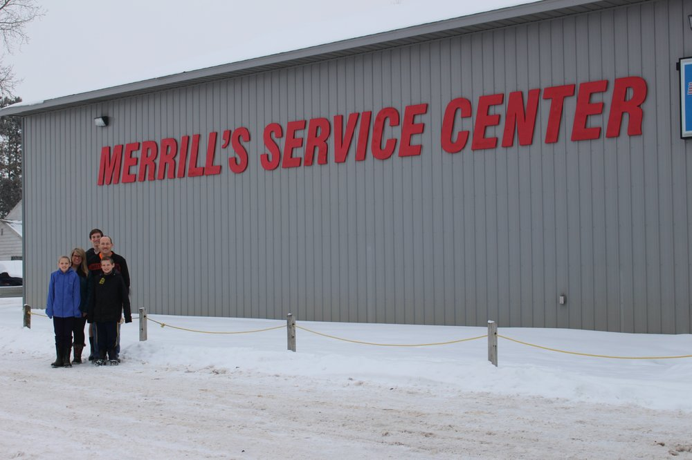 Merrill's Service Center: 817 Bell Ave, Cadillac, MI