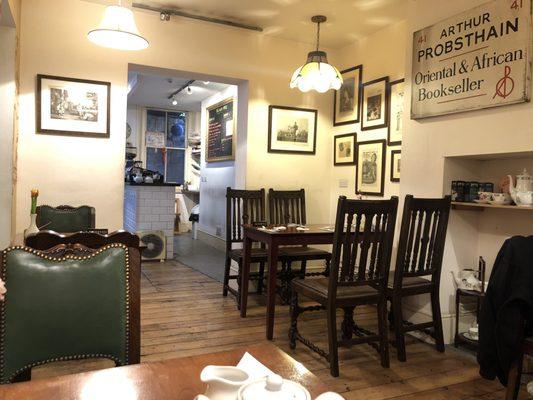 restaurants near the british museum tea and tattle