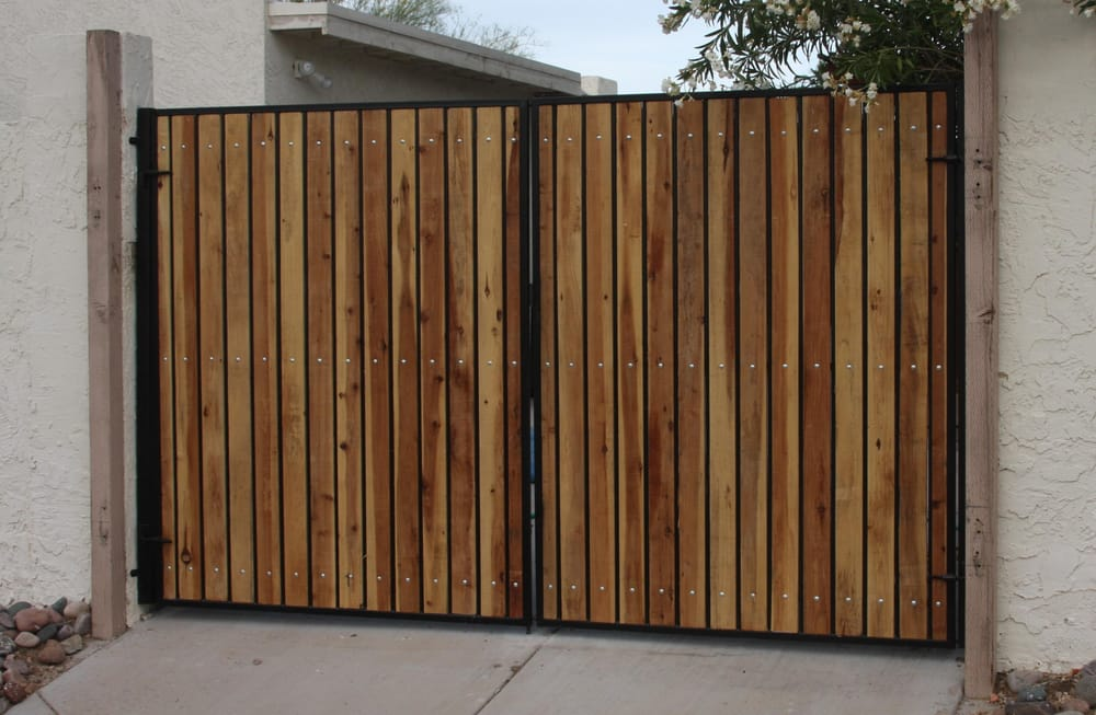 Standard Double Drive Gate With Cedar Wood Slats Yelp