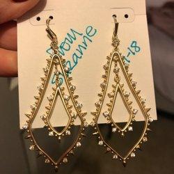 aeff0f318ea Kendra Scott - 11 Photos   21 Reviews - Jewelry - 700 Baybrook Mall ...