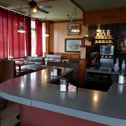 Fullerton Restaurant 87 Photos 69 Reviews Diners 2400 W