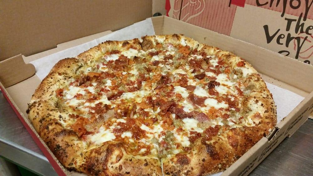Wicked Pizza: 590 Main St, Acushnet, MA