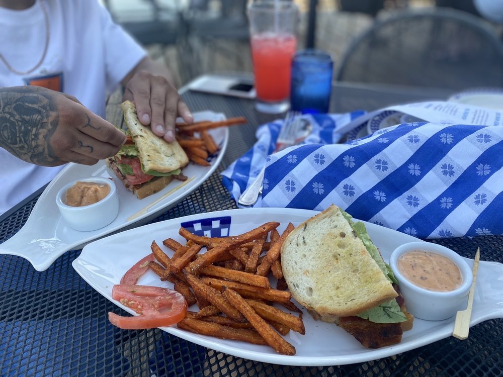 Social Spots from Duke's Seafood