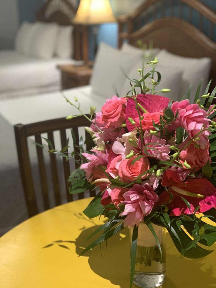 Floral Fantasy: 86000 Overseas Hwy, Islamorada, FL