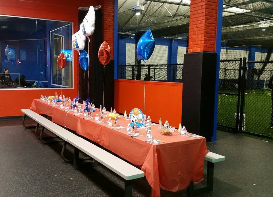 Northern Valley Sports Academy: 100 Oakland Ave, Closter, NJ