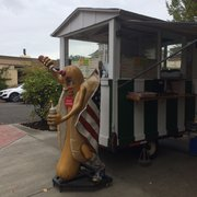 Hot Dog Truck On Main St In Vancouver Wa