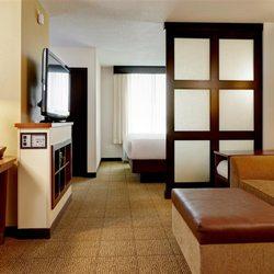 Mohegan Sun Area Hotels Free Shuttle