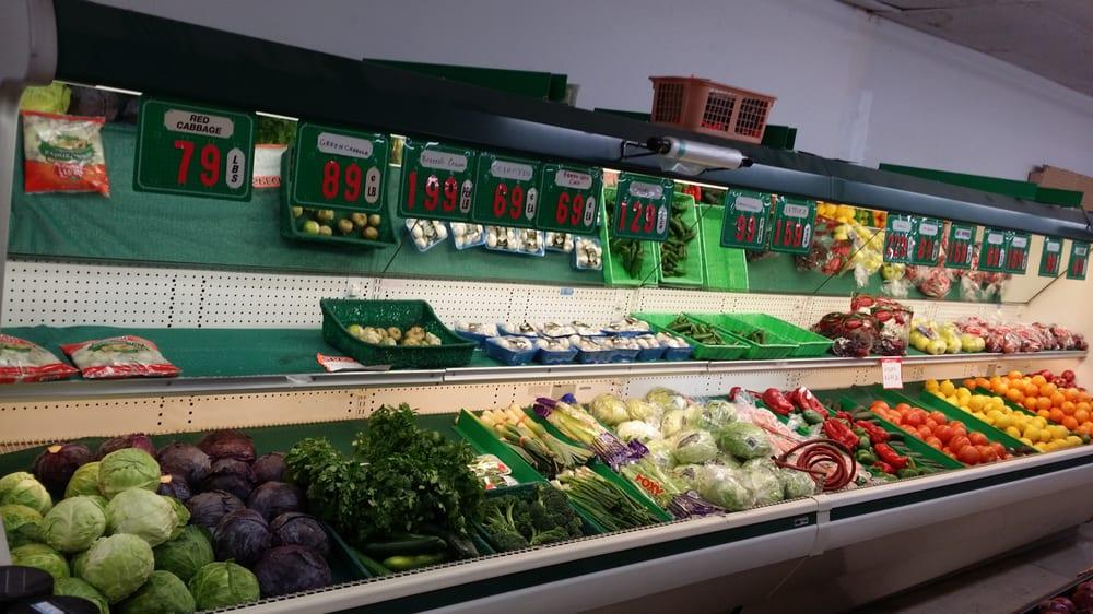 Inyokern Market: 1353 Brown Rd, Inyokern, CA