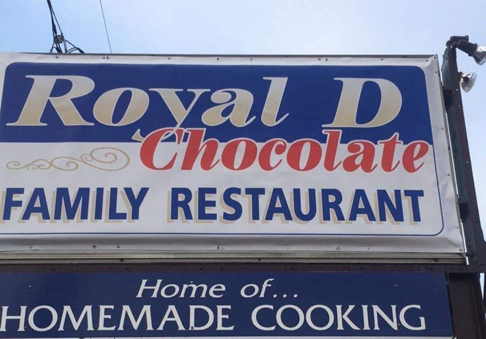 Royal D'Chocolate Family Restaurant: 615 E Main St, Palmyra, PA