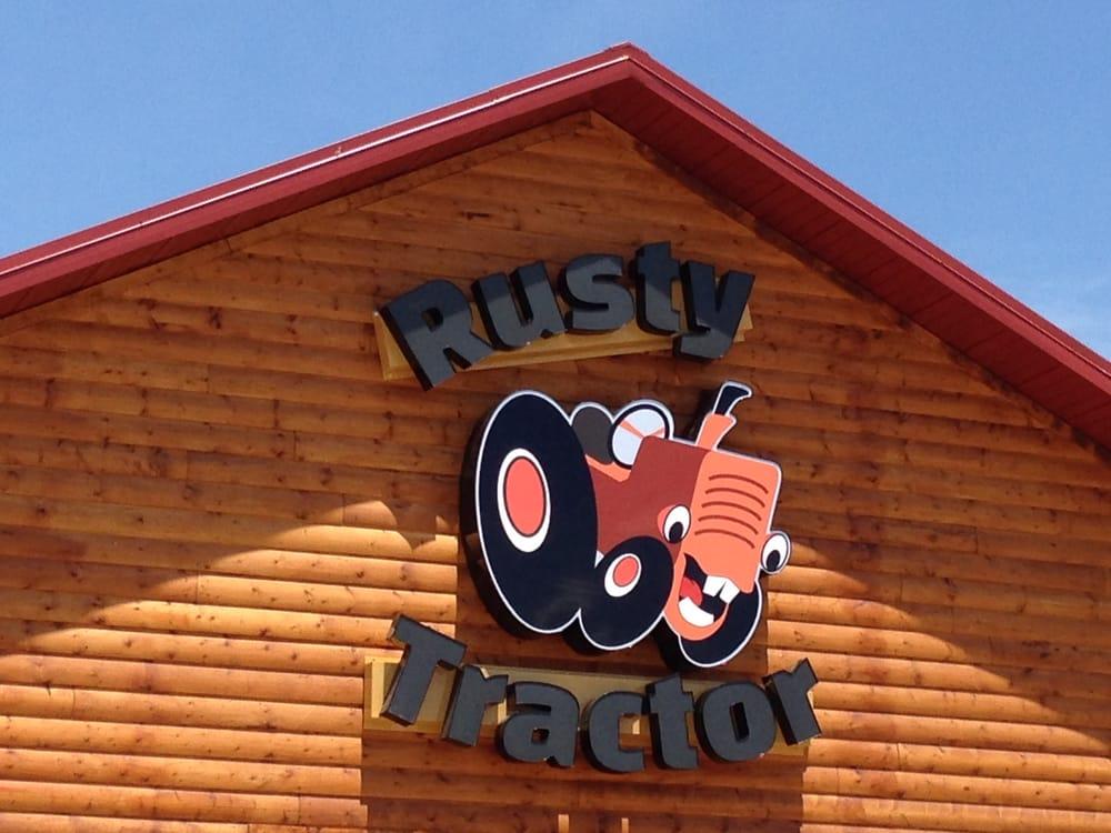 Photo of Rusty Tractor: Kensington, KS
