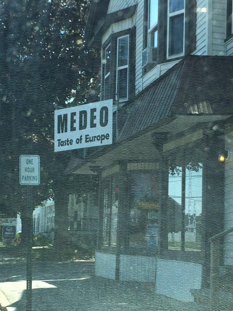 Medeo European Food