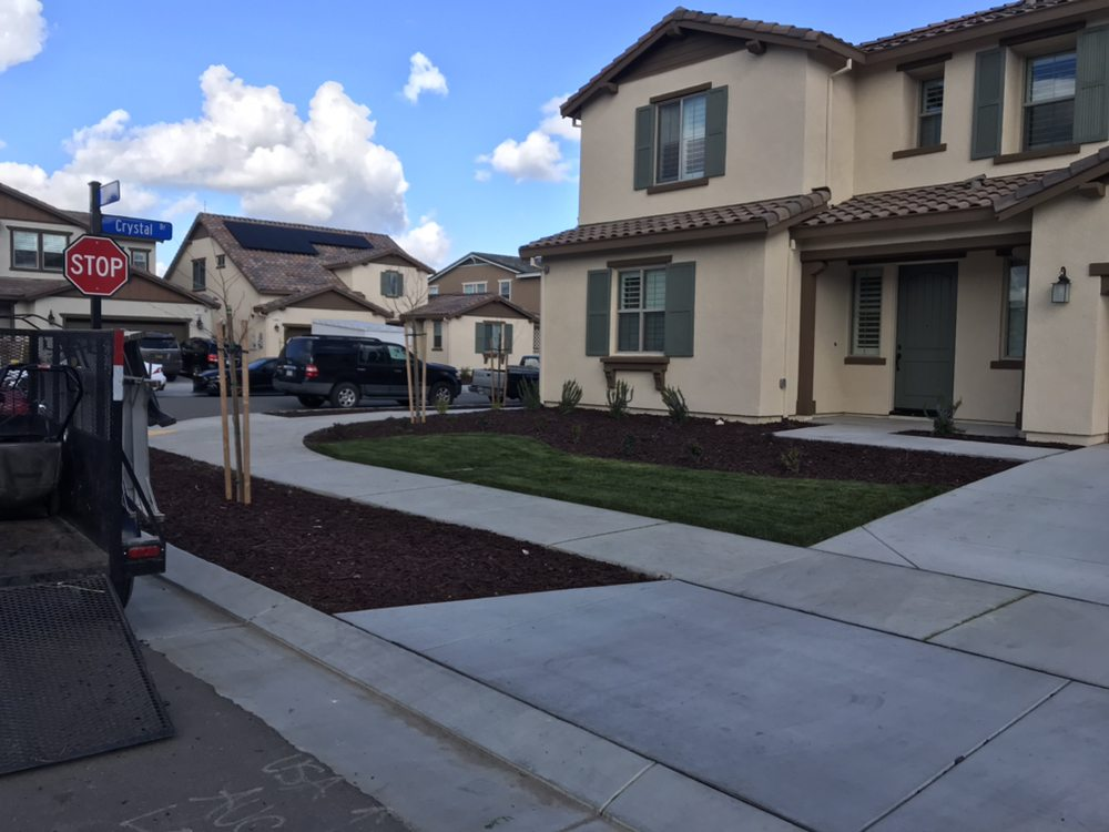 Garcia's Gardening Service: Manteca, CA