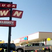 Mccloskey Truck Town 20 Reviews Car Dealers 5515 N Academy Blvd Colorado Springs Co