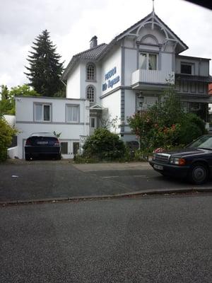 Pension Villa Bergmann Hotel Koppenstr 5 Gross Borstel Hamburg