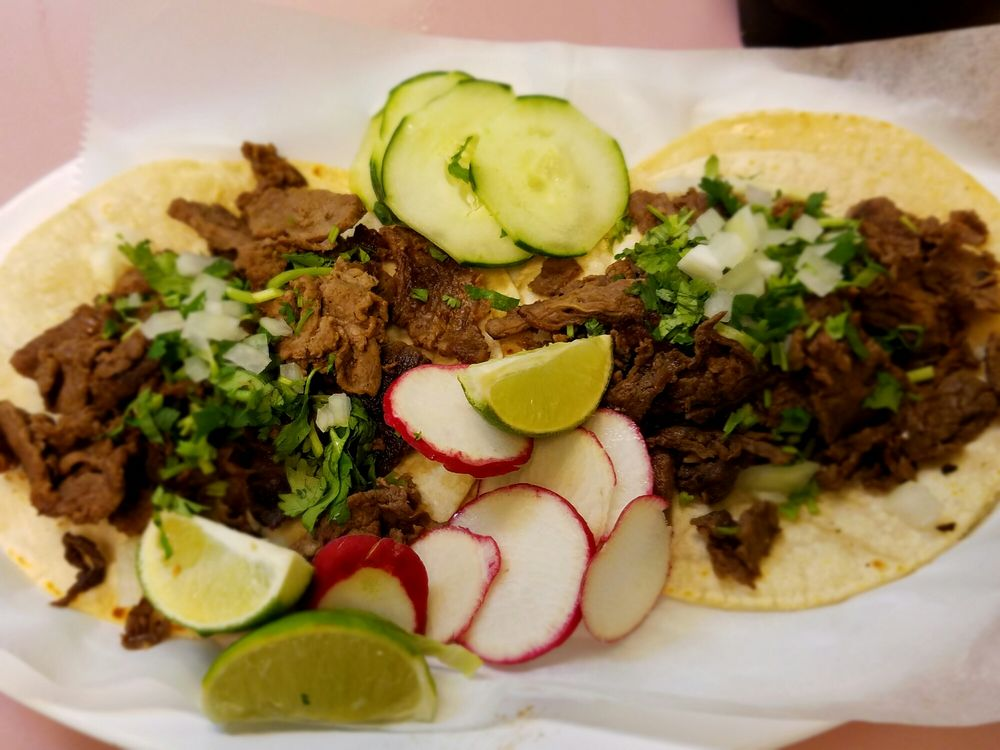 Taqueria Jasmine: 6370 Village Center Dr, Bealeton, VA