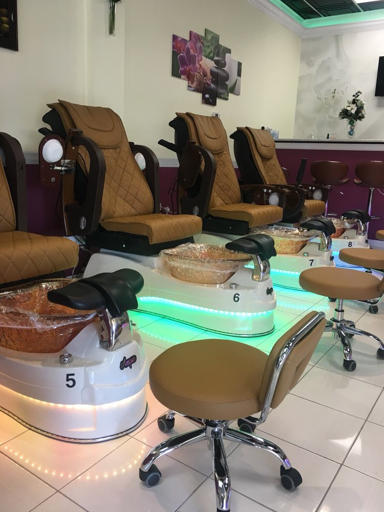 Photo of Queen Nails Spa - Bethlehem, PA, United States