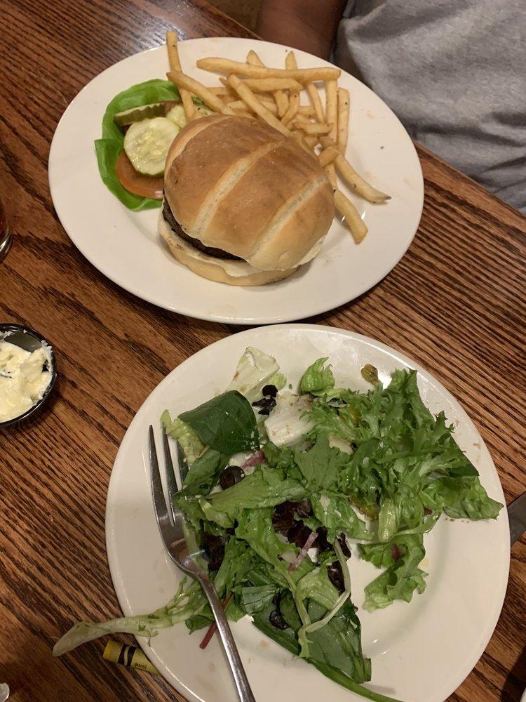 Food from Minervas Grill & Bar
