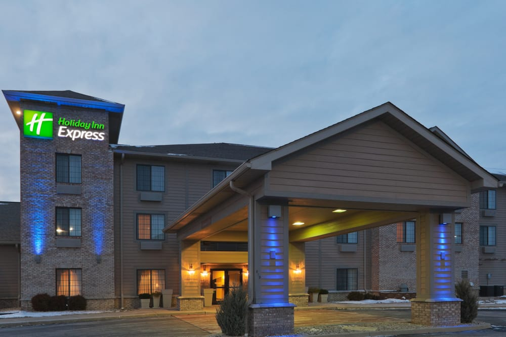 Holiday Inn Express Greensburg: 915 W Ann Blvd, Greensburg, IN
