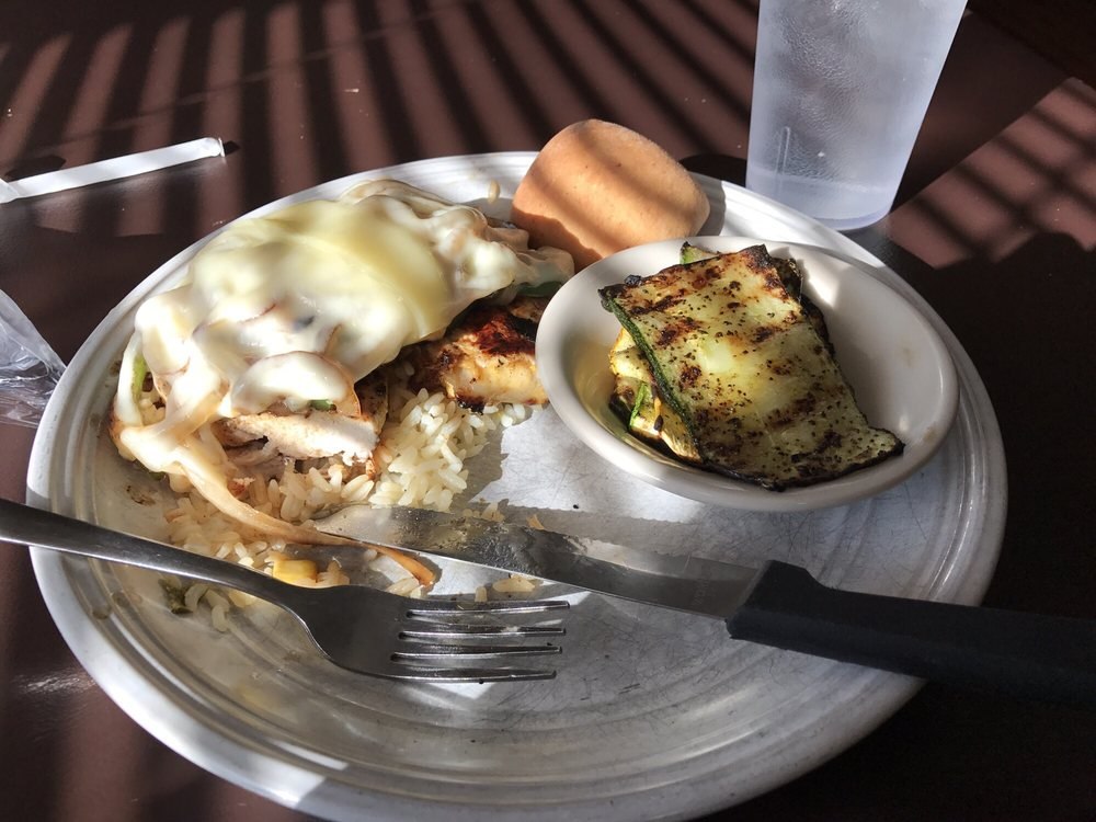 Jenkins Grille & Market: 411 S Jackson St, Athens, TN
