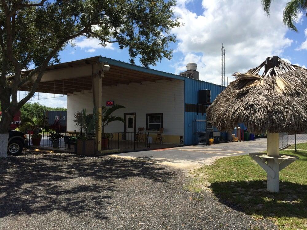 Cafe 80: 9891 W US Hwy 27, Clewiston, FL