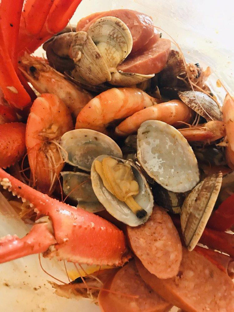 Food from The Cajun Spot