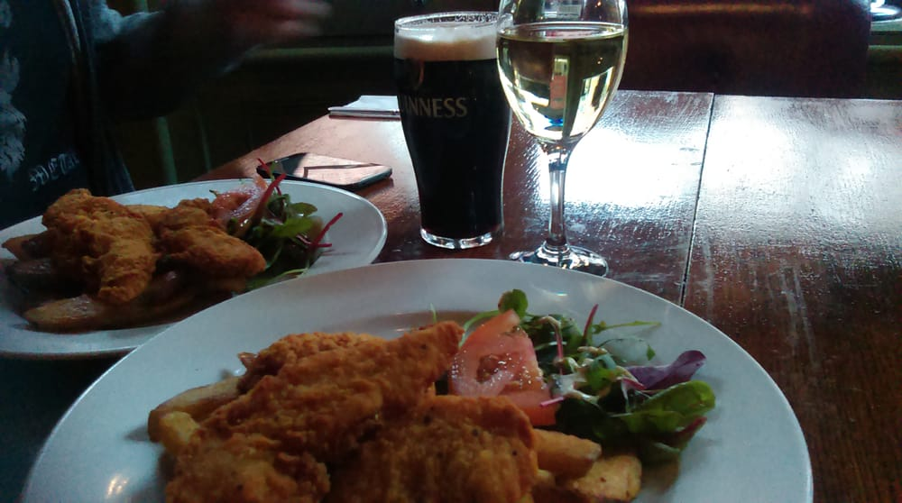 2 Course Meal For 2ppl With Glass Or Wine Or Pint Each For 22euro On