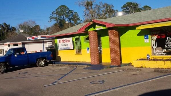 El Molino: 14985 NE US Hwy 301, Waldo, FL