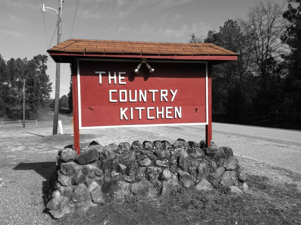 The Country Kitchen: 485 Country Kitchen Rd, Barnesville, GA