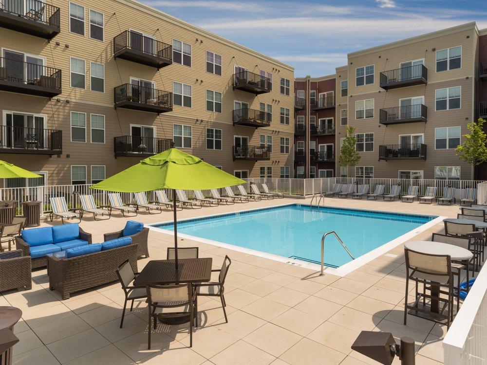 Elmhurst 255 Downtown Apartments: 255 N Addison Ave, Elmhurst, IL