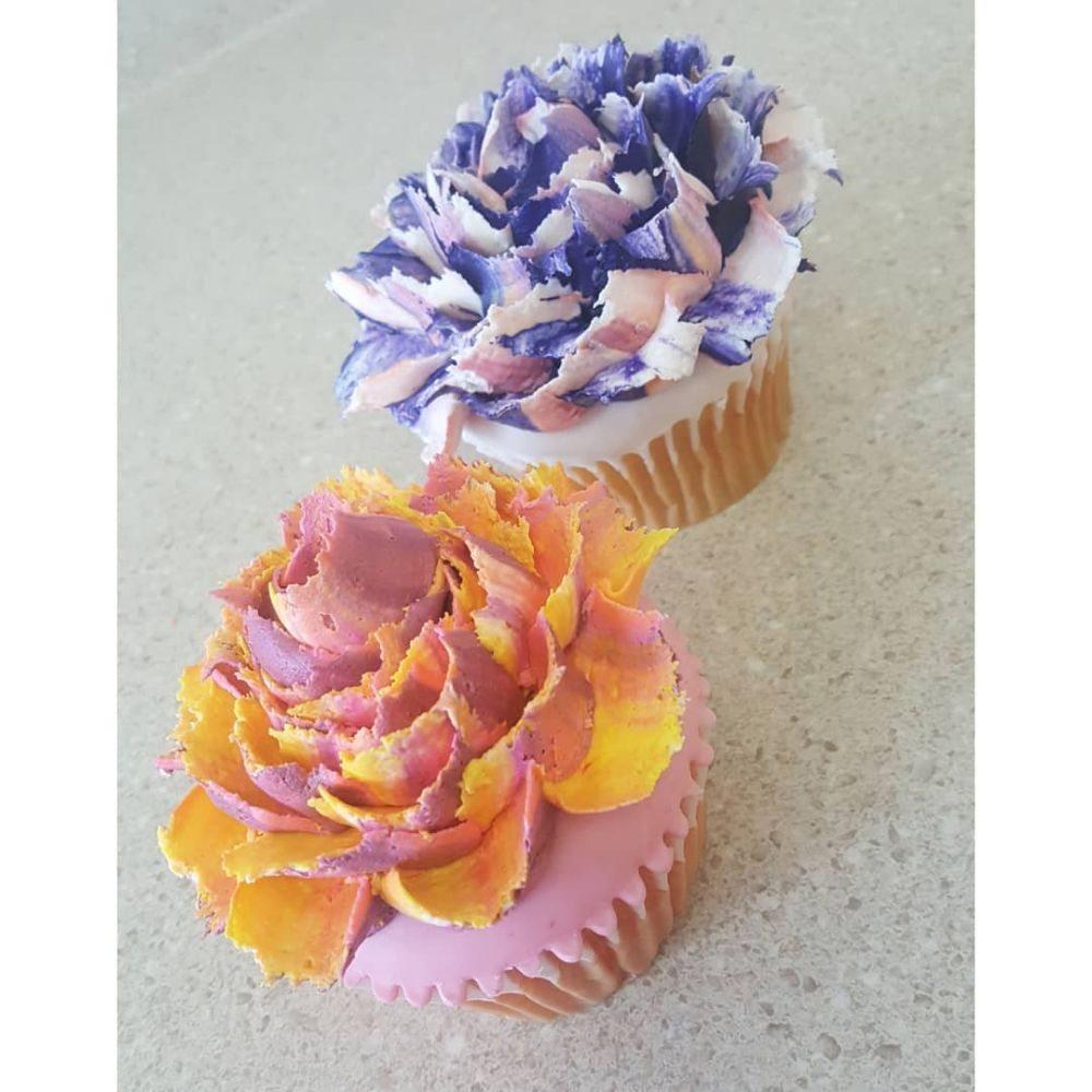 Tee's Cakes & Pastries: 100 Chelsea Corners Way, Chelsea, AL