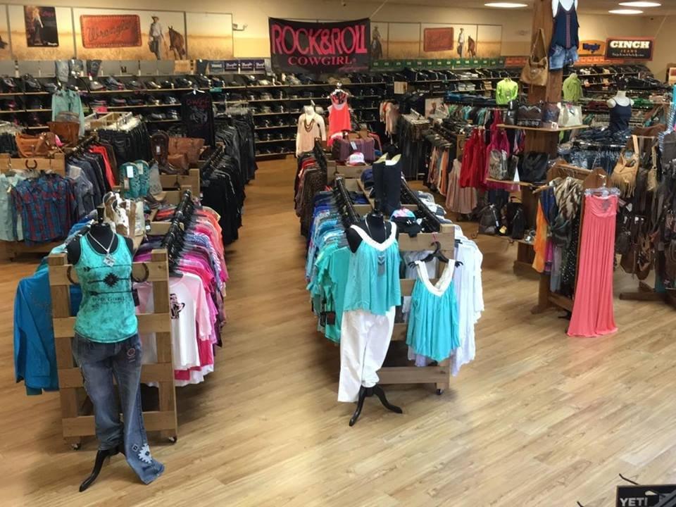Eli's Western Wear: 1011 E Oak St, Arcadia, FL