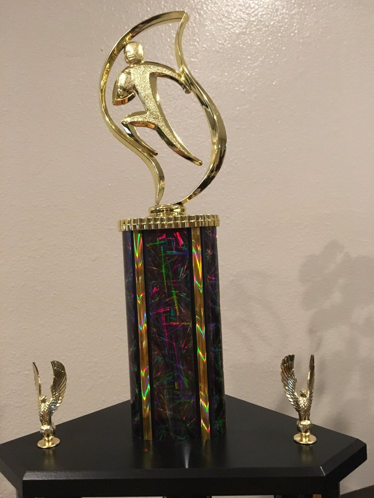 Awards & Trophies Co: 17150 Newhope St, Fountain Valley, CA