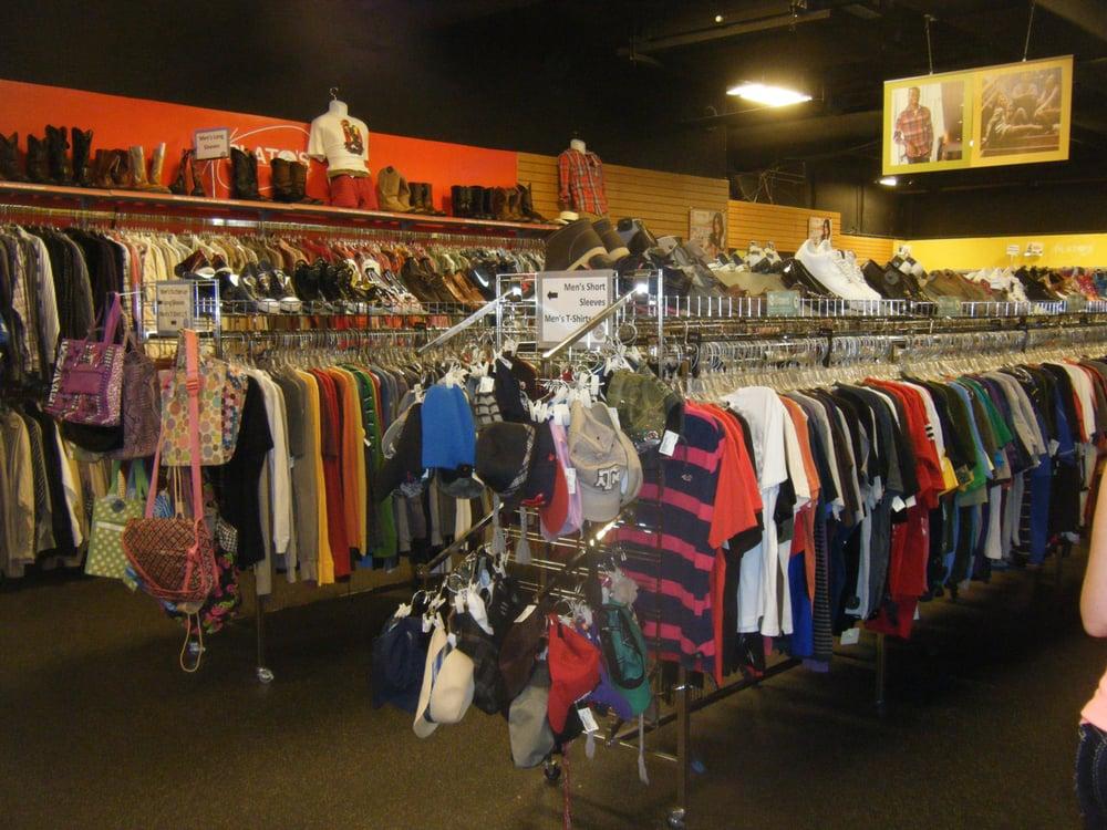 Plato's Closet - Beaumont: 4420 Dowlen Rd, Beaumont, TX