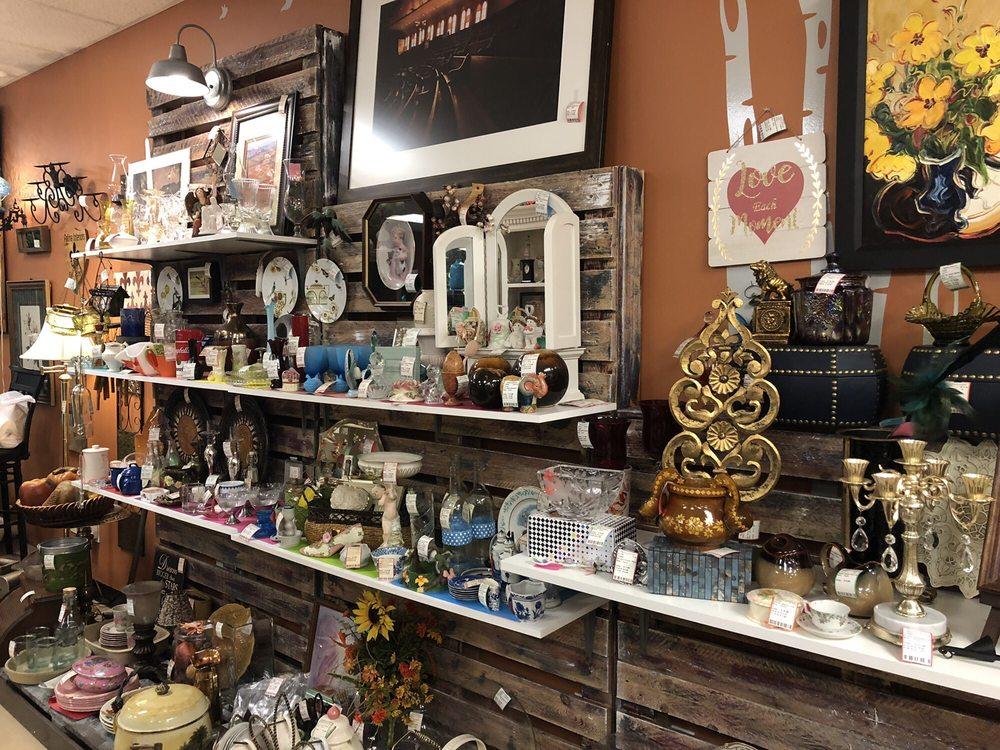 Patina Interiors: 490 St Andrews Dr, Murfreesboro, TN