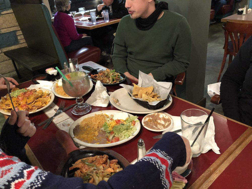 Maguey's Grill: 352 Griffin Ave, Enumclaw, WA