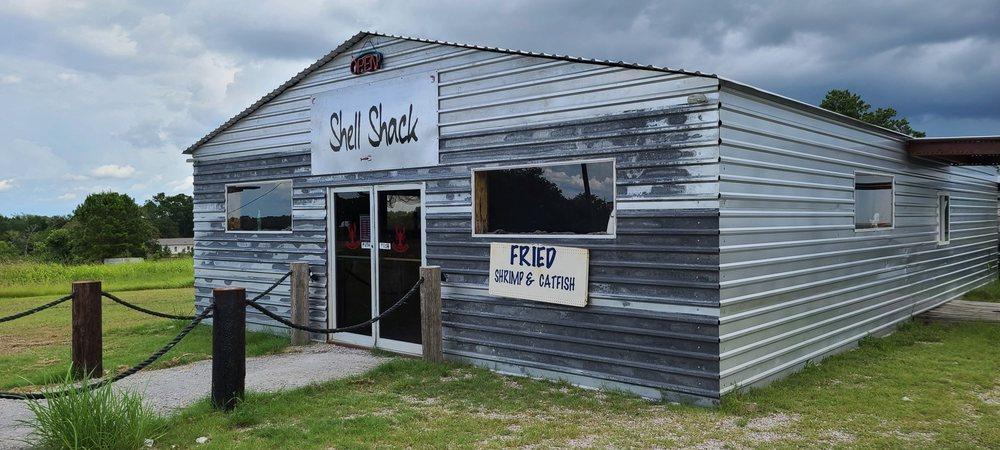 Shell Shack: 3748 TX 19, Huntsville, TX