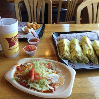 Taco inn 10 reviews mexican 4039 s 48th st lincoln for Elite food bar 325 east 48th street