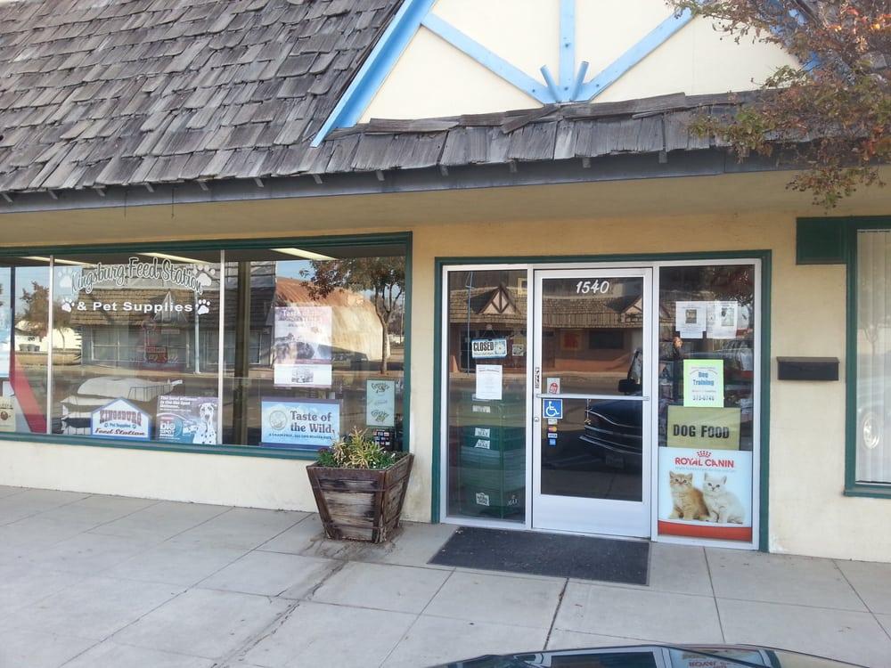 Kingsburg Feed Station: 1540 Marion St, Kingsburg, CA