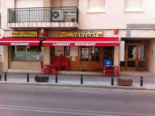 Llobregat restaurants calle major 119 la jonquera for Restaurant la jonquera
