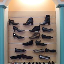 christi shoes 10 photos magasins de chaussures 80. Black Bedroom Furniture Sets. Home Design Ideas