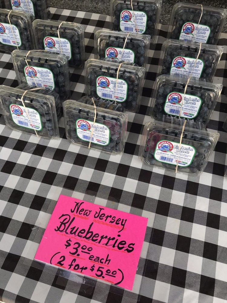 RJ Laurino Farm Stand - Farmers Market - 372 County Road 537