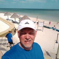 Reef - 16 Photos & 11 Reviews - Hotels - Carretera Progreso