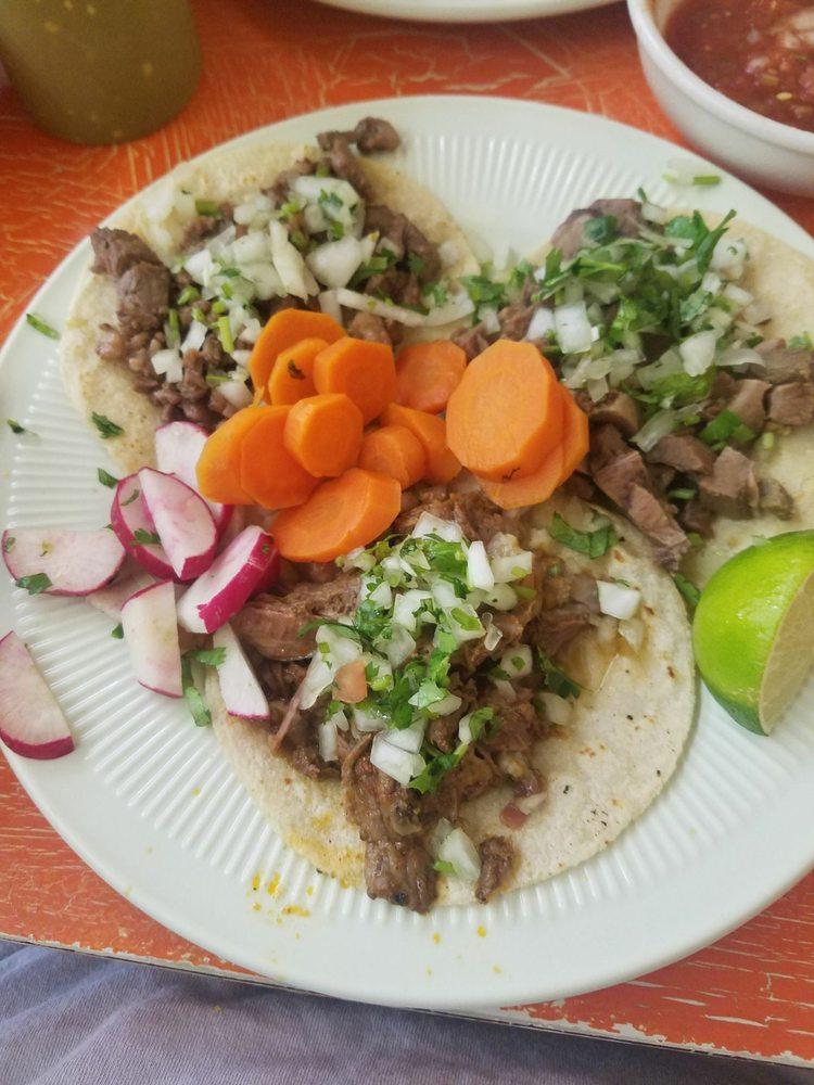 Photo of Tacos Y Mariscos Maravilla: Marshalltown, IA